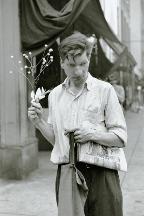 Louis Faurer, Eddie, New York, NY, 1948, 1948. Image courtesy Ordovas Gallery