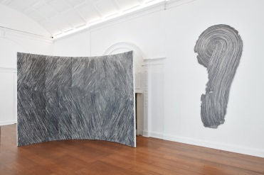 Installation view: Rosemarie Castoro, Break in the Middle (1970) and St. (1972). Courtesy Galerie Thaddaeus Ropac, London Paris Salzburg. Photo: Tom Carter